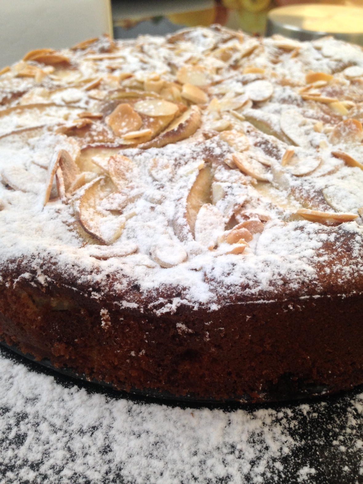 Dairy Free Almond and Apples Cake