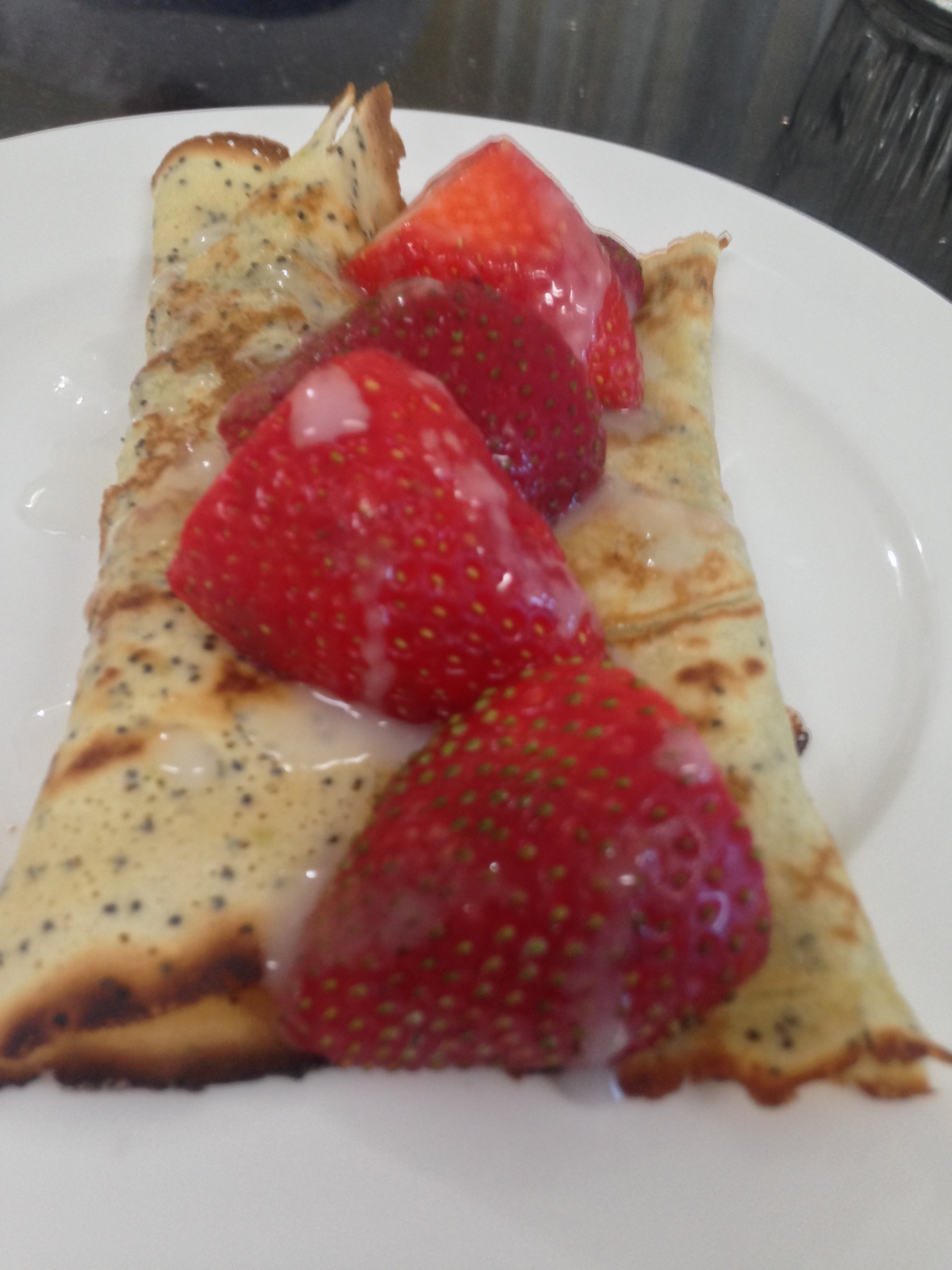 Lemon poppy seeds crepes